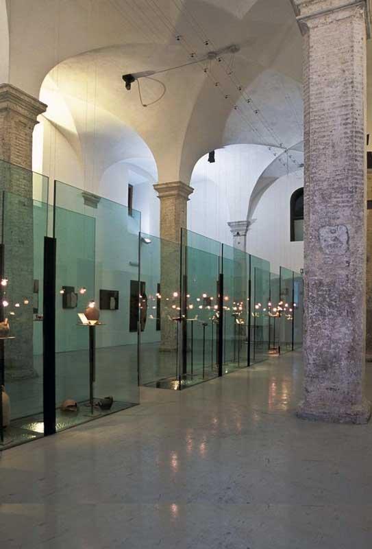 Passerelle in vetro strutturale con parapetti