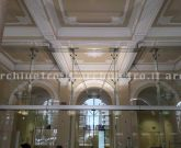 Vetro strutturale in facciata con travi di vetro