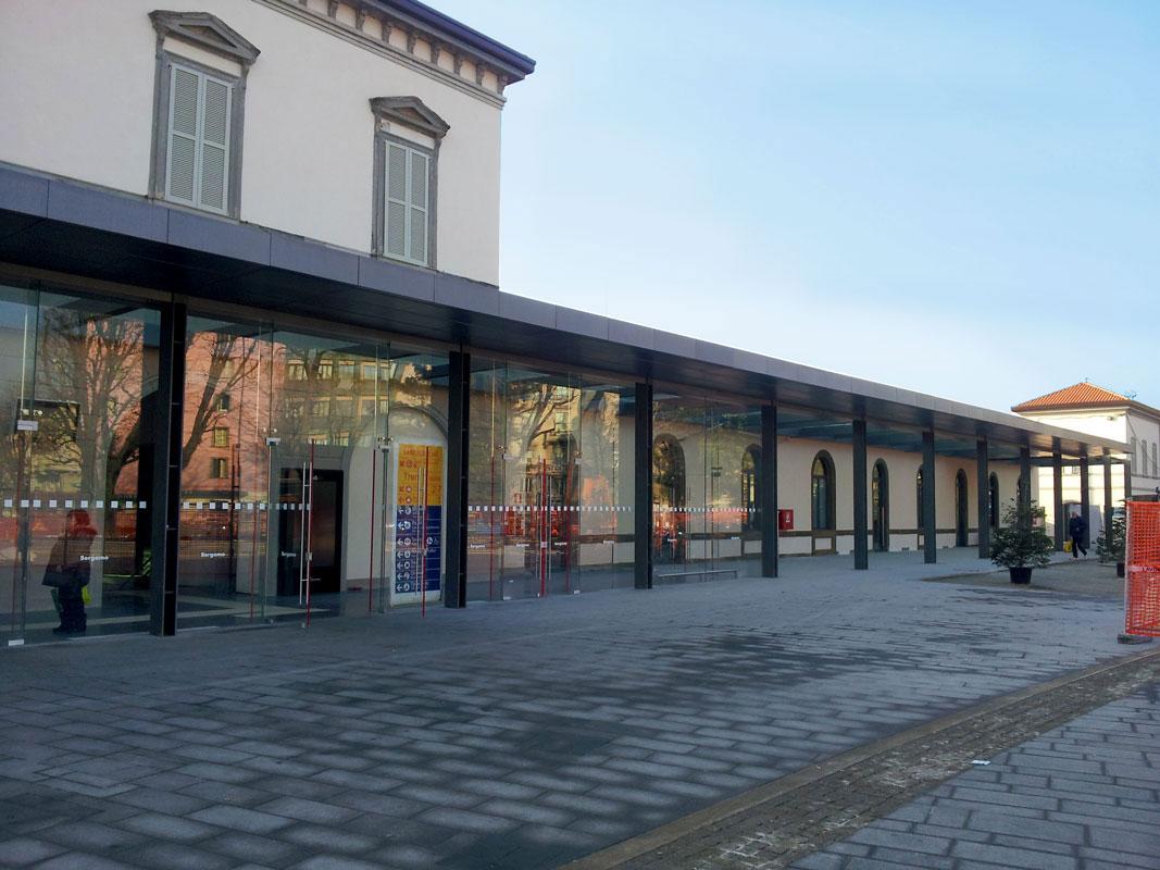 Facciate vetrate strutturali stazione di Bergamo